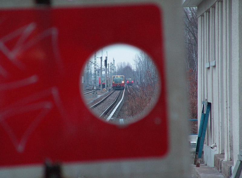 Halt! Blankenbug: S-Bahn, Regionalbahn
